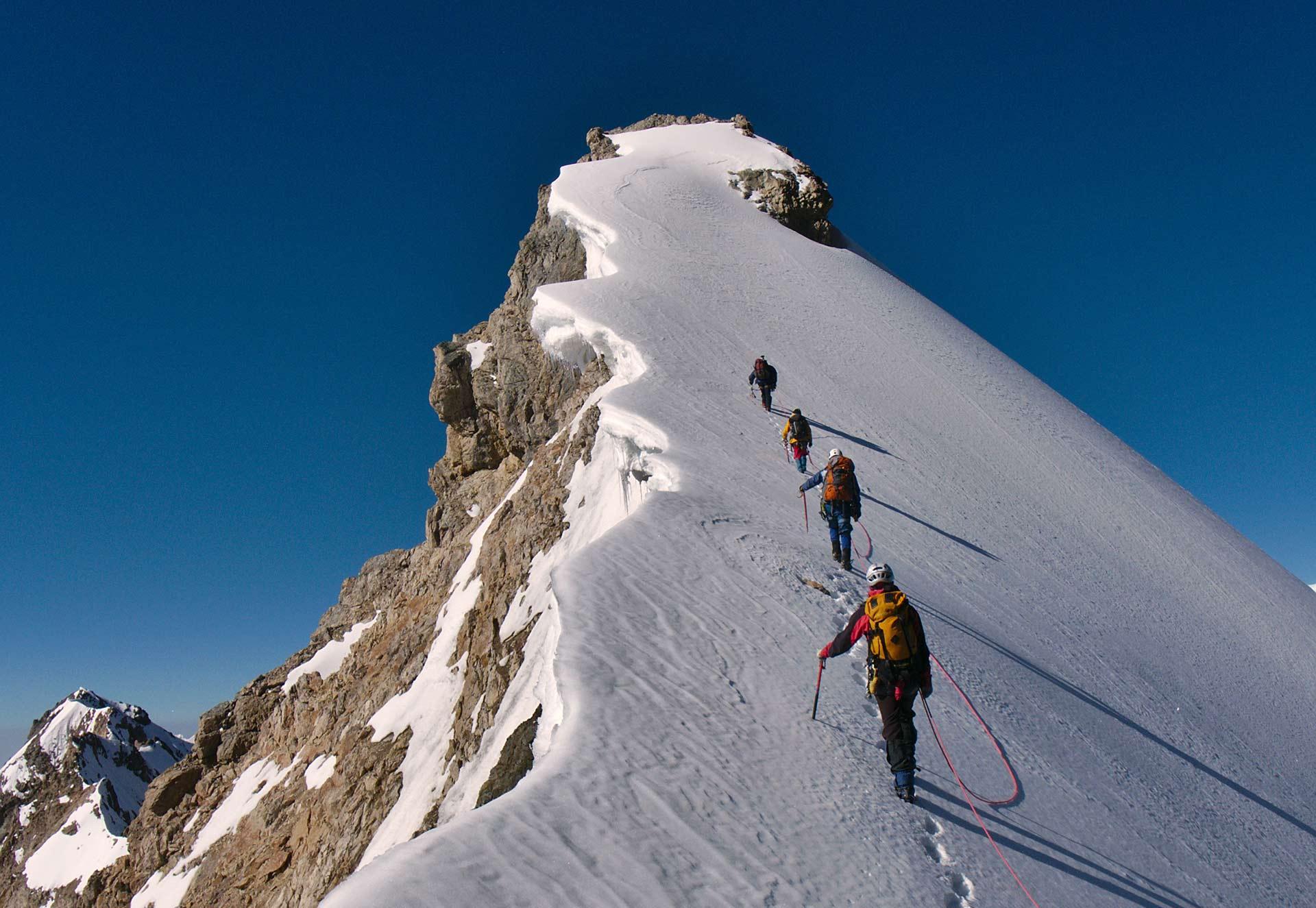 Het bereiken van je persoonlijke top is inspannend,<br>maar absoluut de moeite waard. <br>Houd vol!